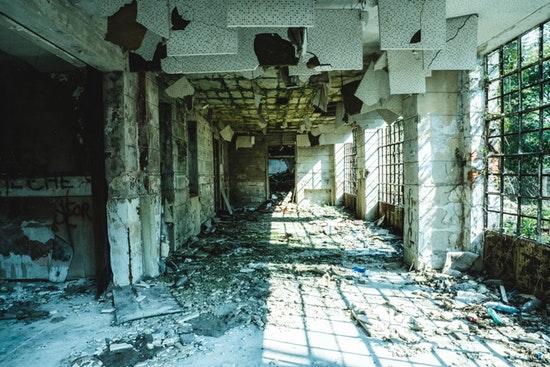 Bâtiment en démolition